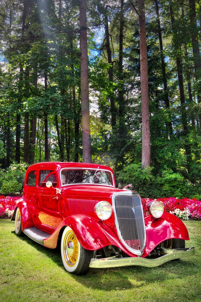 Antique Car at Butchart Gardens