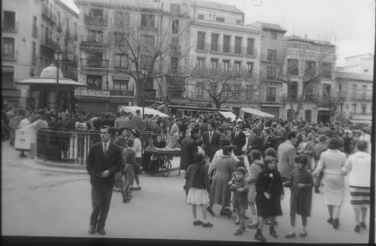 Zocodover en 1959. Fotografía de Santos Yubero © Archivo Regional de la Comunidad de Madrid,fondo fotográfico