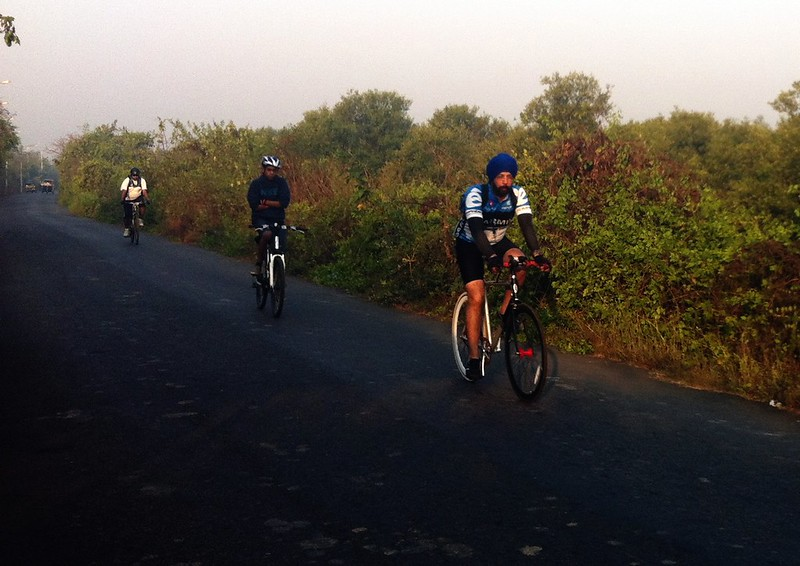 Cycling towards Gorai jetty