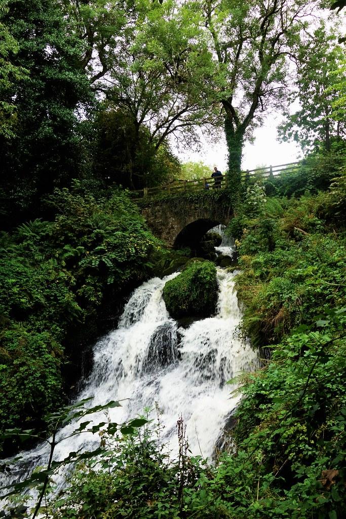 Waterfall at Rouken Glen, Glasgow, Scotland