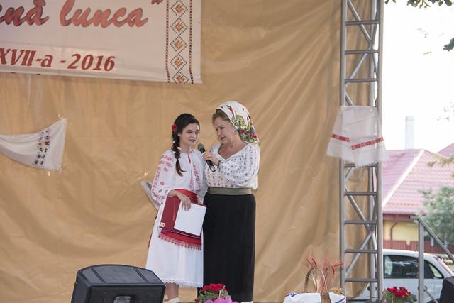 """Recital - Mioara Velicu la Festivalul """"Canta de Rasuna Lunca"""" Tecuci 2016"""