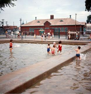 Pataugeoire du parc Jarry, 10 juillet 1966