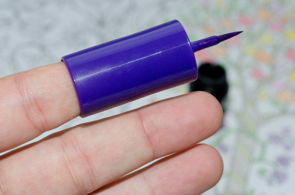 benefit push-up liner и sephora fingertip eyeliner