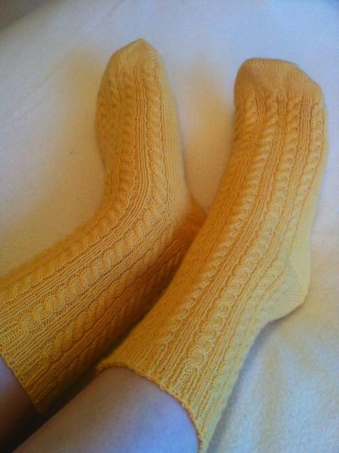 felinity's buttercup socks, on felinity knits