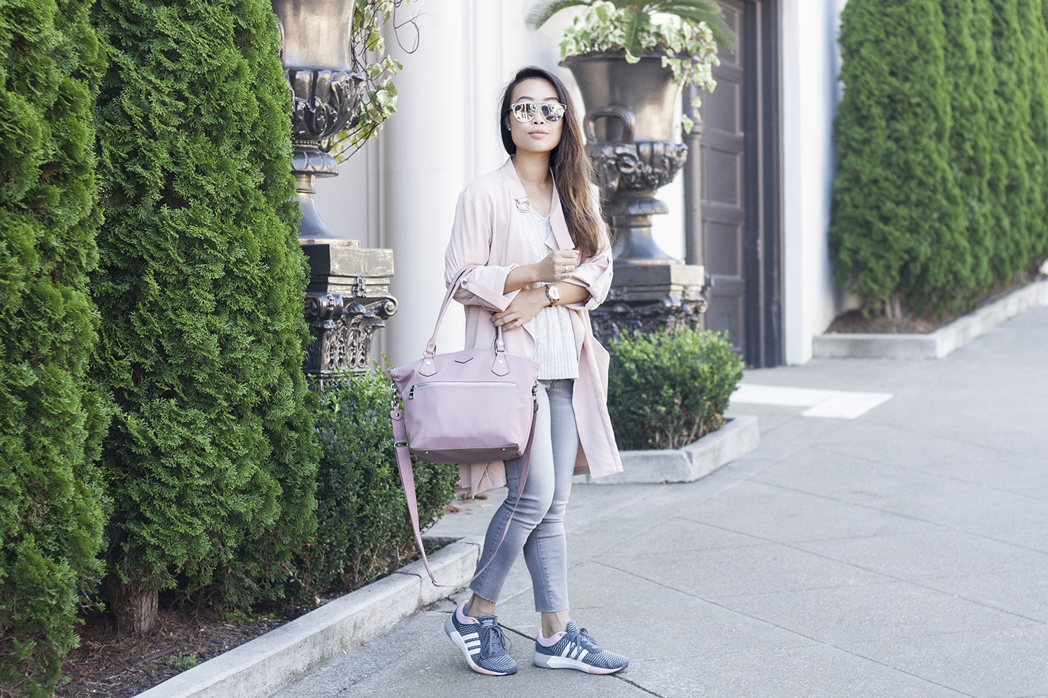 01sporty-chic-blush-pink-trench-denim-adidas-sneakers-style-fashion1500