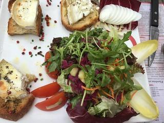 Salat mit Ziegenkäse - Restaurant Au Gutenberg, Straßburg