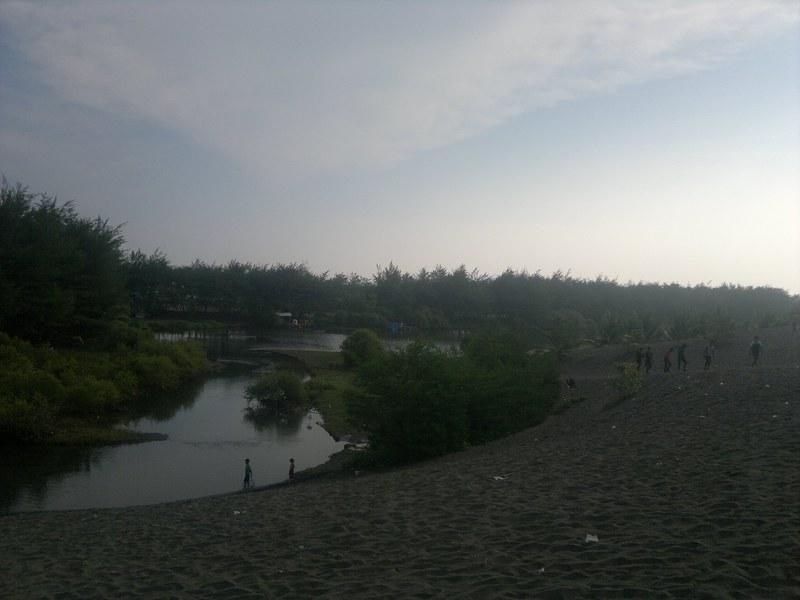 Pantai Laguna / Lembupurwo