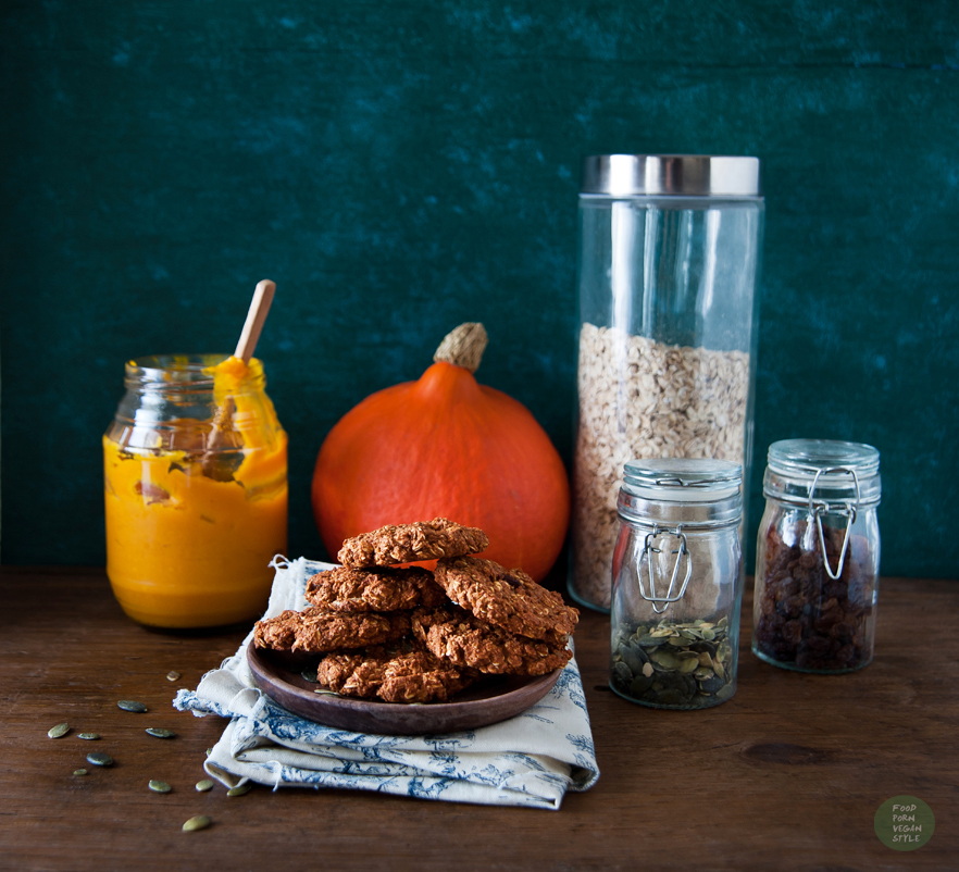 Pumpkin oat cookies