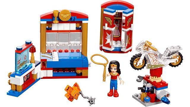 Wonder Woman Dorm Room (41235)