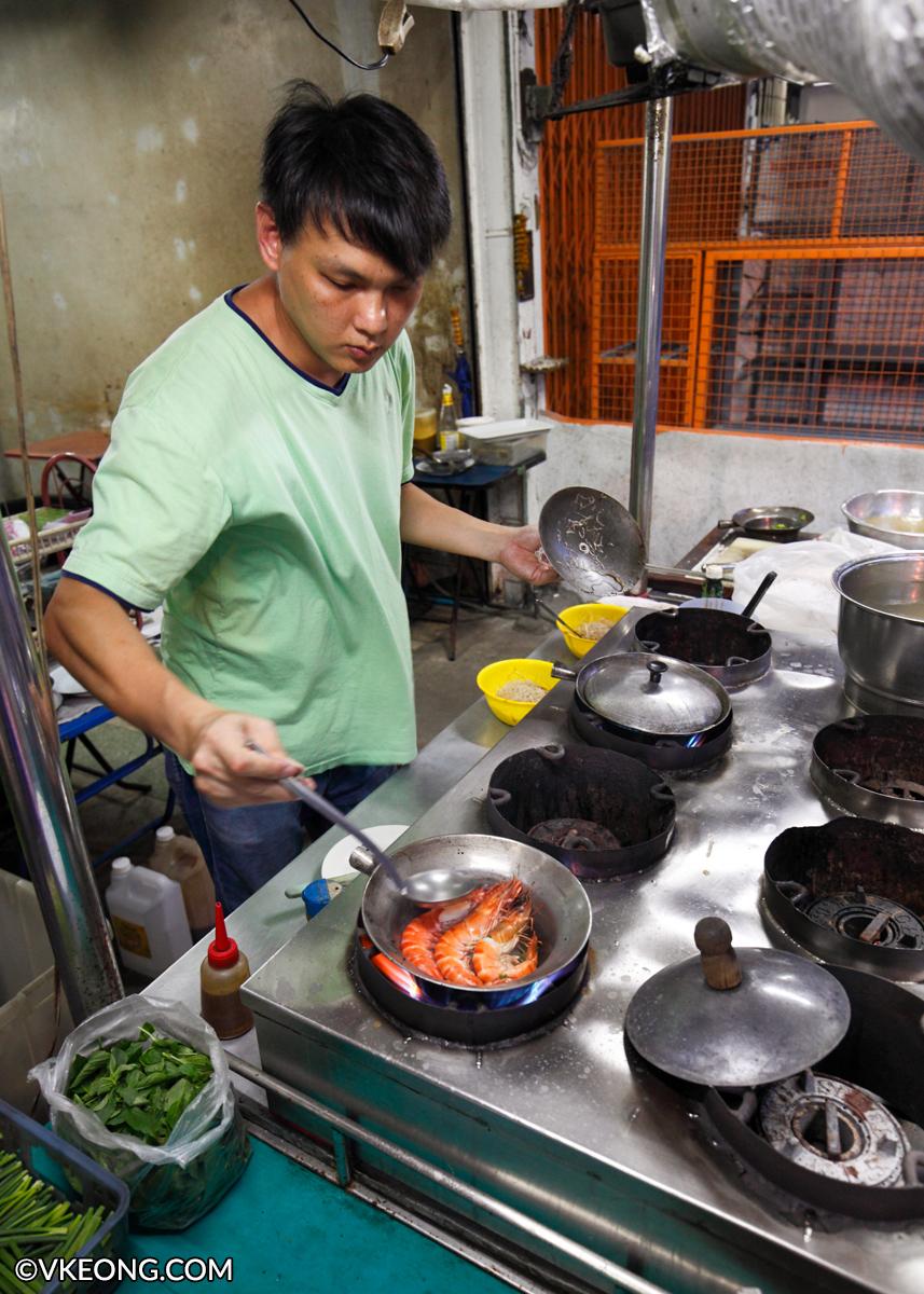 Che Peak Prawn Pot Glass Noodle Bangkok
