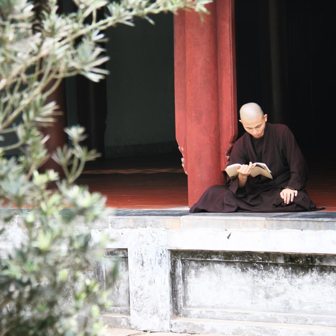 #RTW2012 #39 Thien Mu pagoda in Hué. #rtw #rtw365 #aroundtheworld #maailmanympäri #matka #travelmemories #instatravel #igtravelthursday #igtravel #vietnam #hue #thienmupagoda