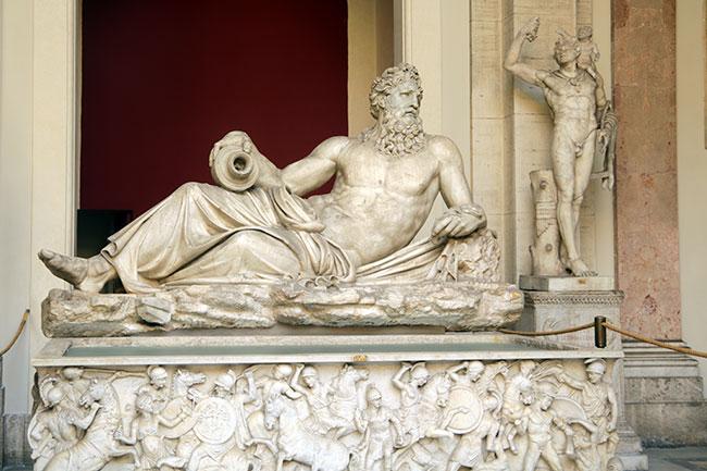 Cortile-delle-Statue