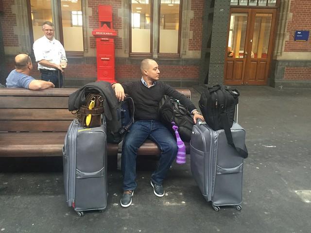 <luggage photo>