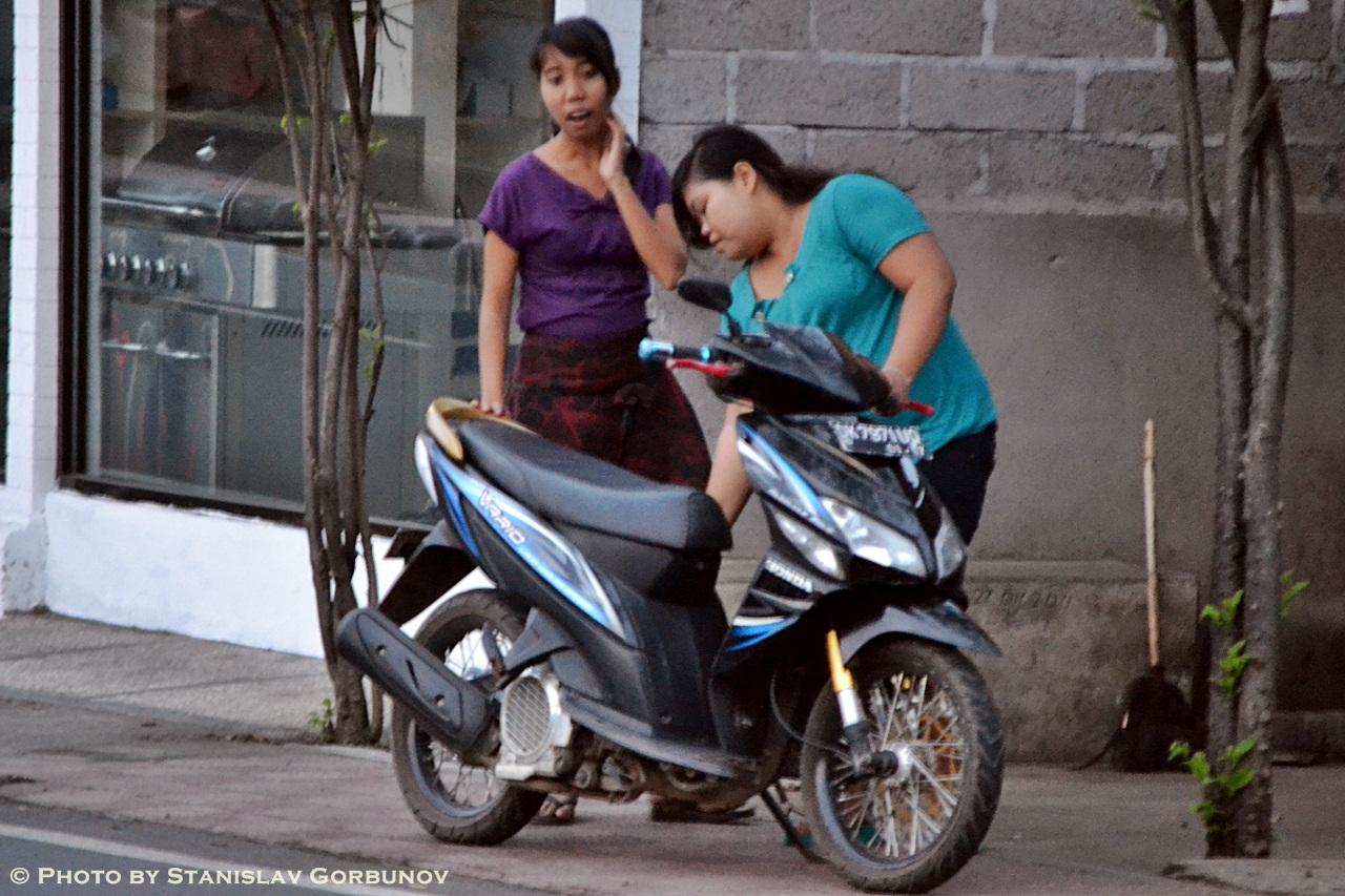 mopedi12