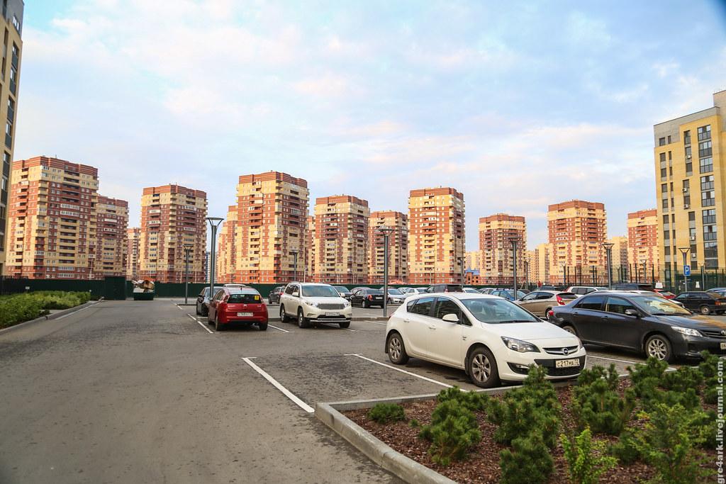 Сколько парковок делать в доме застройка