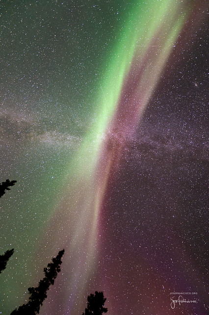 Once again I stand under the glorious light of the aurora borealis