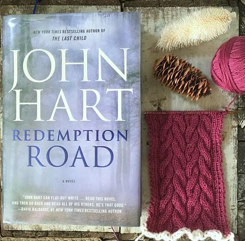yarn along 081716