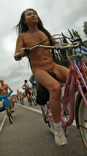 LA World Naked Bike Ride (38B)