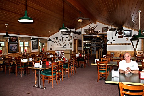 IMG_8494_Doug_Inside_Wilderness_Boundary_Restaurant_at_Lava_Mountain_Lodge