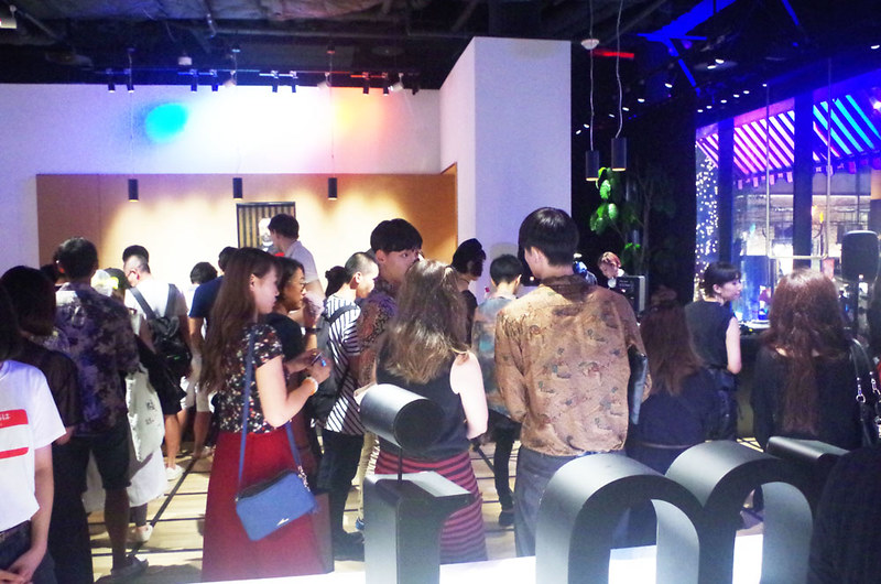 toomilog-FASHIONS_NIGHT_OUT_2016_054