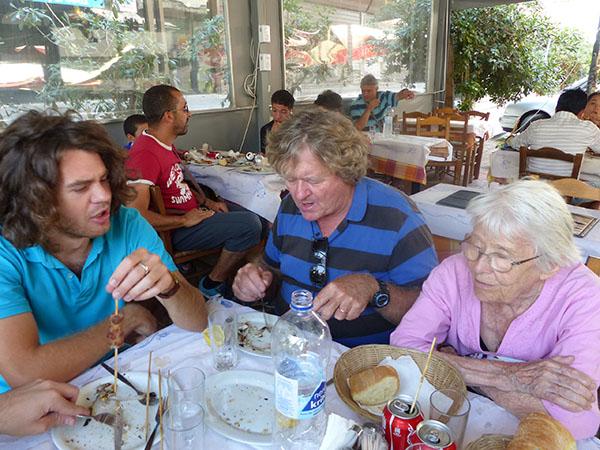 déjeuner au Pirée