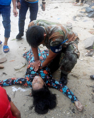 Penumpang Pompong Pulau Penyengat yang tenggelam tengah diselamatkan