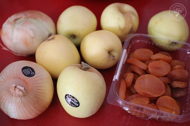 Pollo al horno con manzanas, cebolla, orejones e hidromiel (2)
