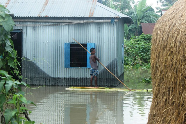 Inundated houses in char areas. (Photo source: Jhai Foundation)