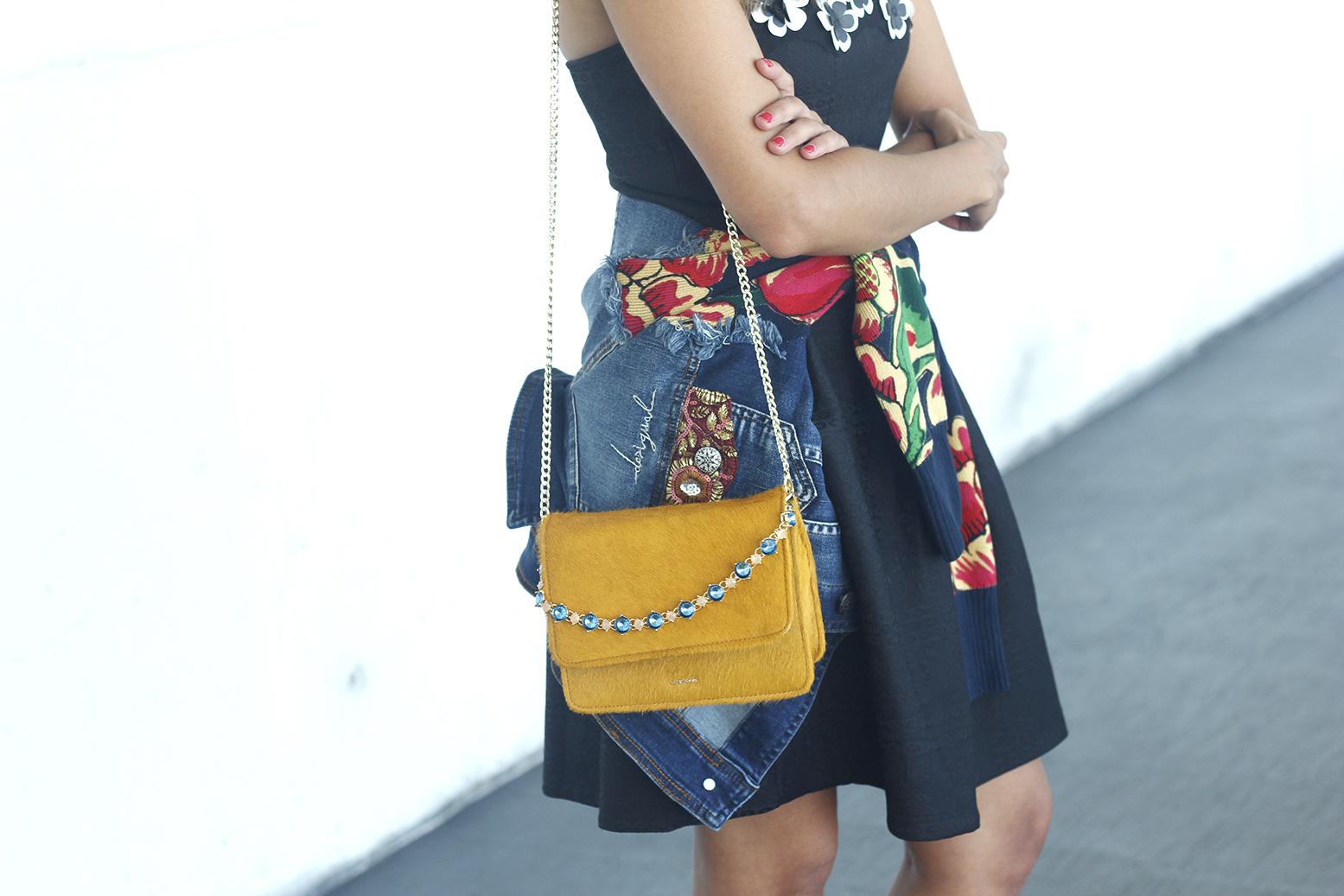 desigual black dress and denim jacket for fashion week madrid outfit fashion12