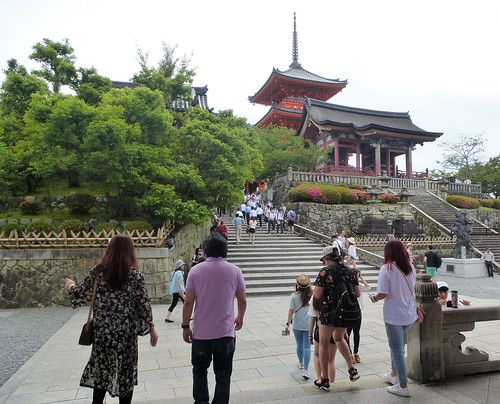 jp16-Kyoto-Kiyomizu-dera (2)