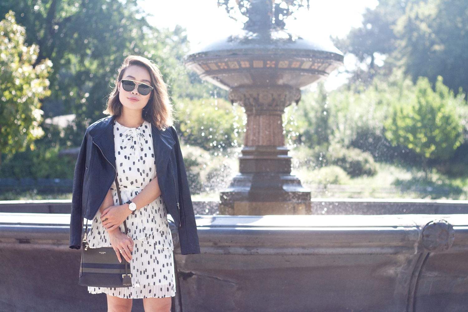 01nyc-centralpark-fountain-dots-leather-travel-fashion-style