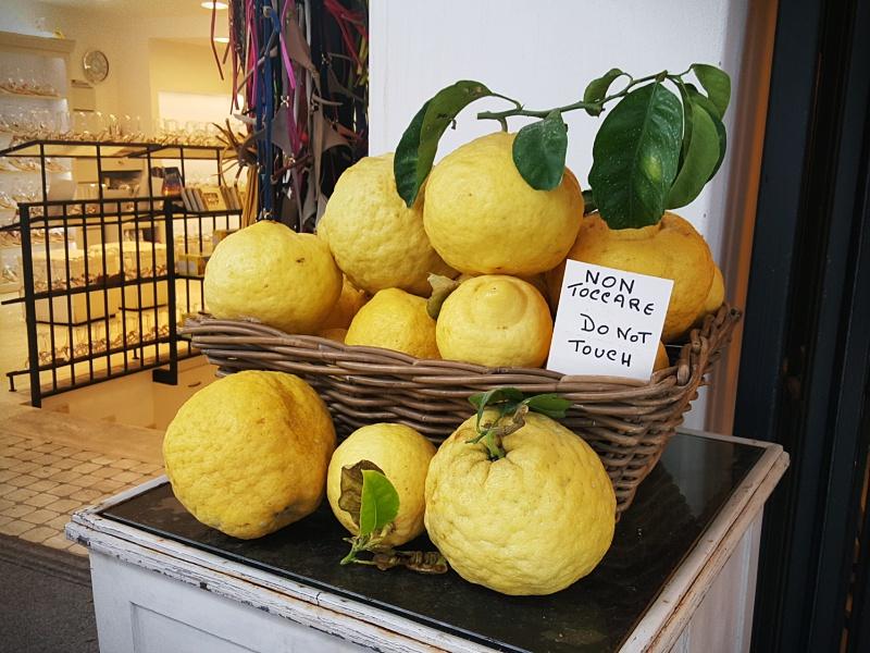 Capri Lemons
