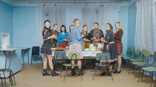 映画『神聖なる一族24人の娘たち』より