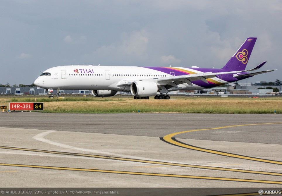 Átvette első A350-esét a Thai Airways