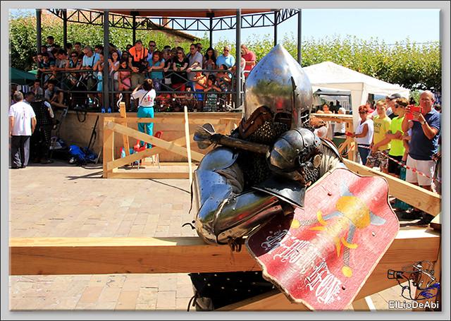 Poza de la Sal, Feria de Artesanía y Alimentación y Combates medievales (15)