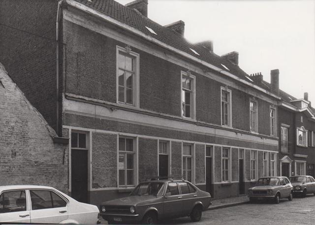 """Straten en Auto's '70 in en rond """"Miljoenenkwartier"""" Gent"""