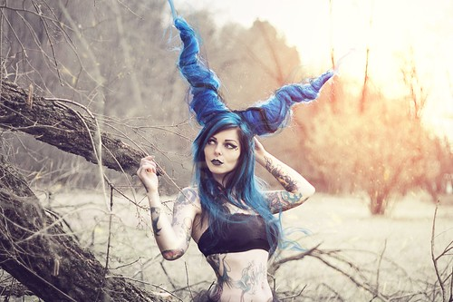 Riae Maleficent Modella Riae Make Up Hairstyle