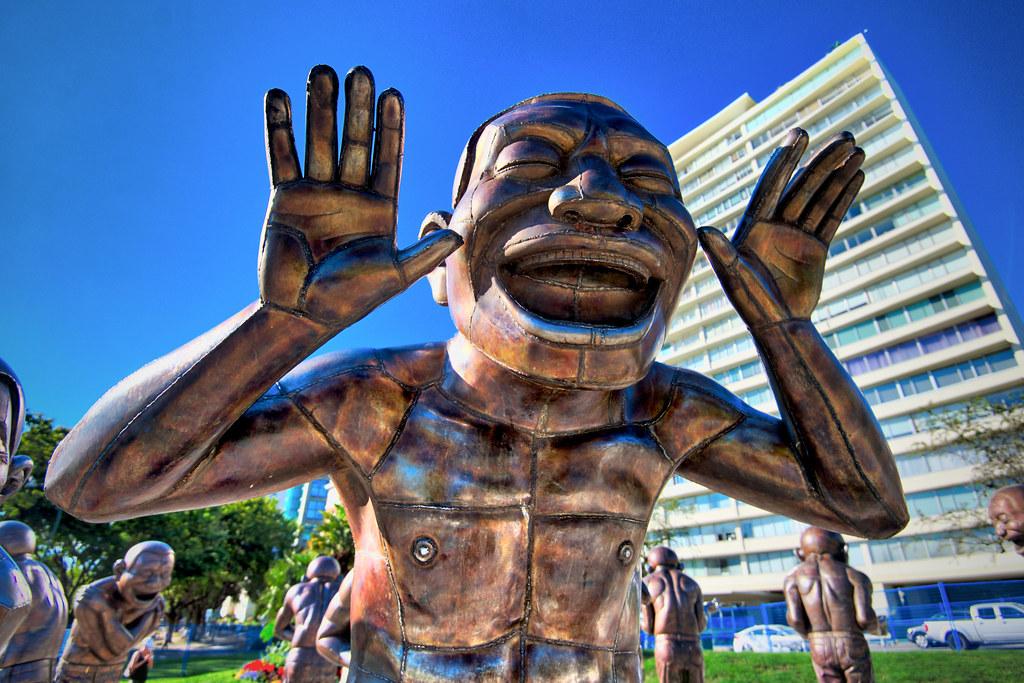 A-maze-ing Laughter Sculpture