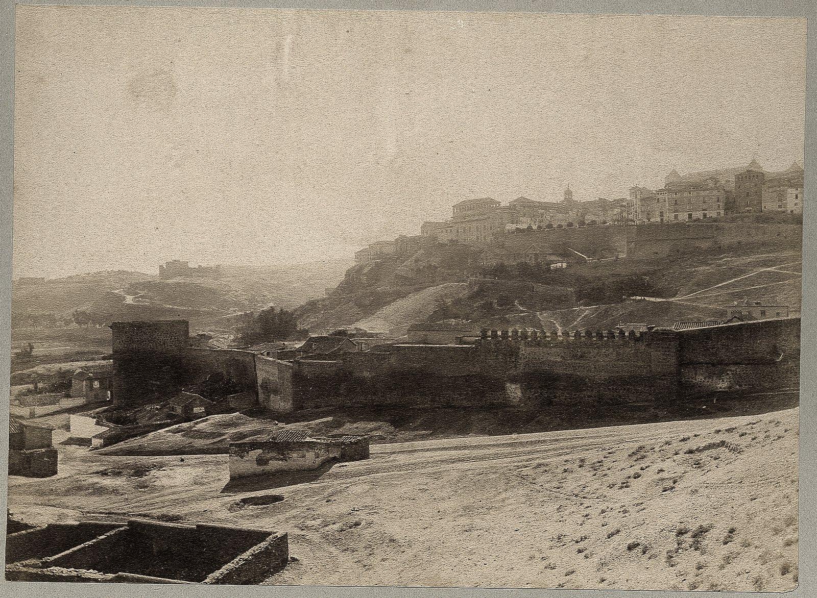 Torre de la Almofala y muralla del Arrabal de San Isidoro en 1886 © Archives départementales de l'Aude