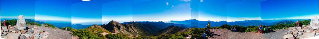 雪主聖稜環景圖