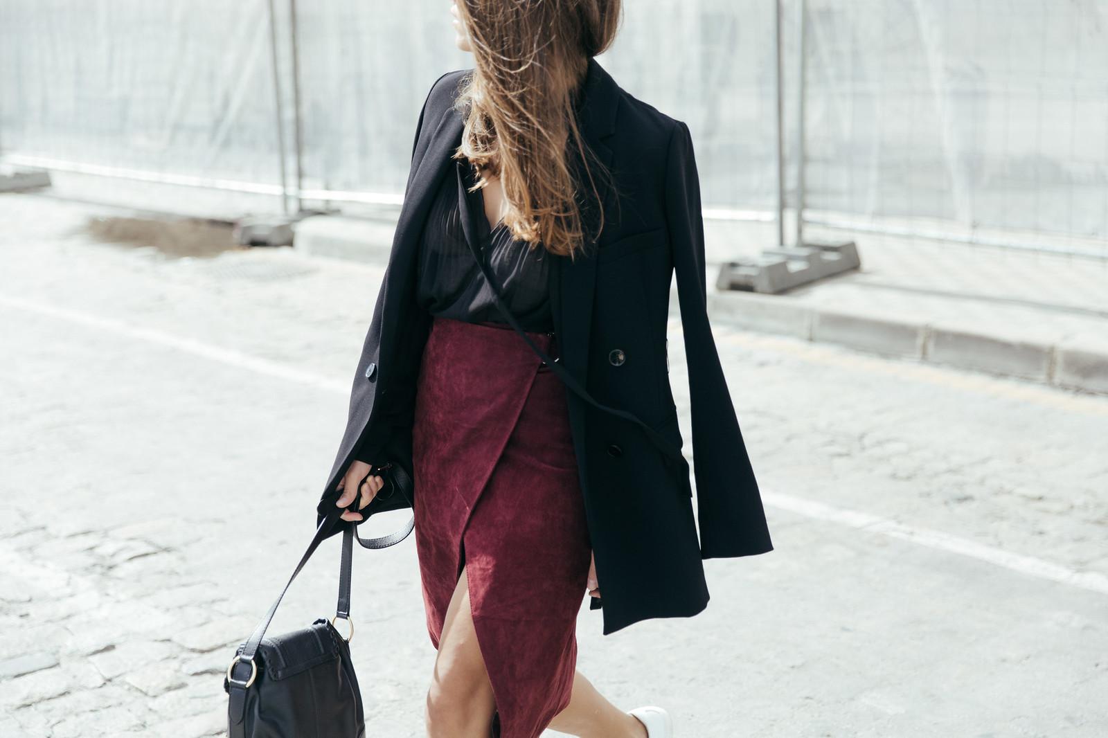 Jessie Chanes Seams for a desire - Burgundy Midi Skirt -4