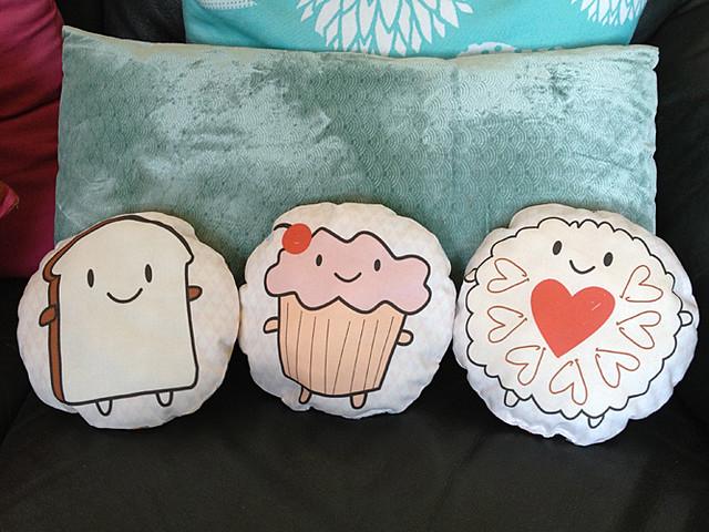 Cakeify & Friends Mini Pillows
