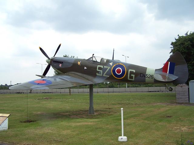 EN526/SZ-G Spitfire (BAPC-221)