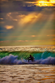 Rays and waves | by Sportracephoto