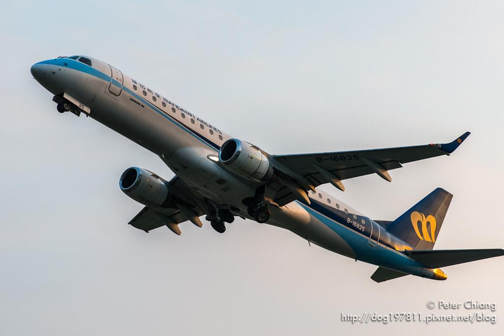 華信航空 Embraer-190