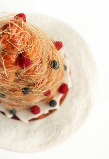 Croquembouche Cake with Lemon & Berries | by raspberri cupcakes
