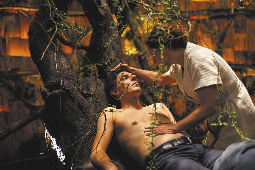 Rester Vertical de Alain Guiraudie : Damien Bonnard, Laure Calamy