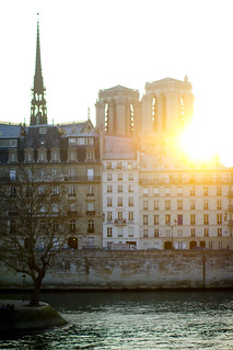 Paris_Notre_Dame_sunset_the_seine | by Haleigh Walsworth