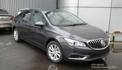 Buick Verano II sedan 01 China 2016-04-16