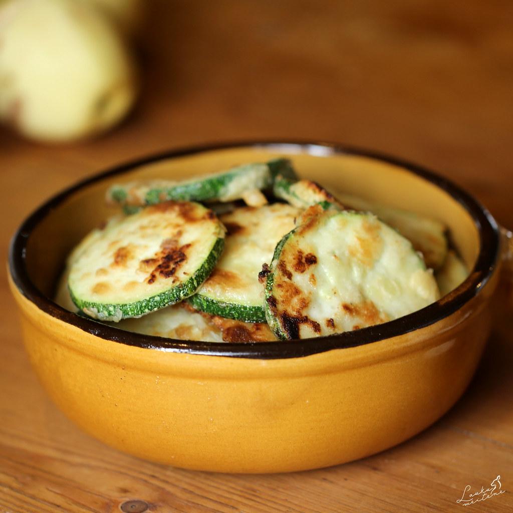 Cepti cukīnī / Baked Zucchini